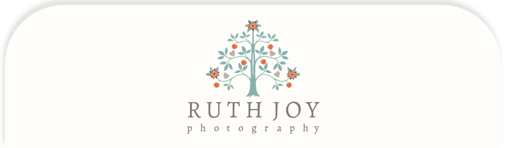 ruthjoyphotography.com logo